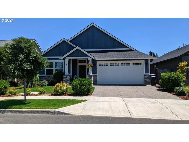 19390 Pine Ave, Sandy, OR 97055 (MLS #21039920) :: Premiere Property Group LLC