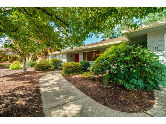 751 NW Baker Dr, Canby, OR 97013 (MLS #21039942) :: Next Home Realty Connection
