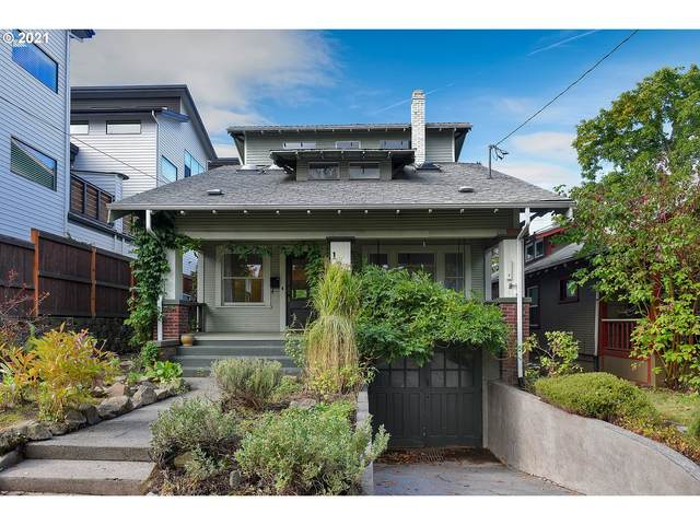 121 NE 58TH Ave, Portland, OR 97213 (MLS #21040369) :: The Haas Real Estate Team