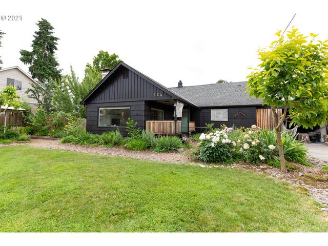 425 W Dartmouth St, Gladstone, OR 97027 (MLS #21040372) :: Lux Properties