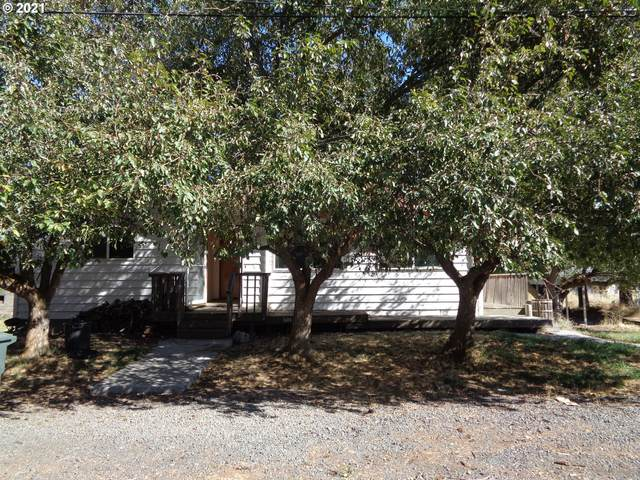 601 SW Fourth, Grass Valley, OR 97029 (MLS #21041109) :: Real Estate by Wesley