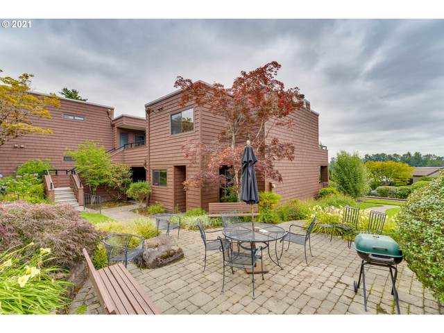 5926 S Riveridge Ln, Portland, OR 97239 (MLS #21042142) :: Real Tour Property Group