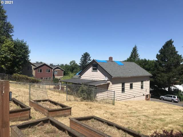342 SE 2ND St, Troutdale, OR 97060 (MLS #21044206) :: The Liu Group