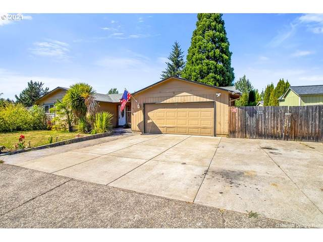 6758 A St, Springfield, OR 97478 (MLS #21044875) :: McKillion Real Estate Group