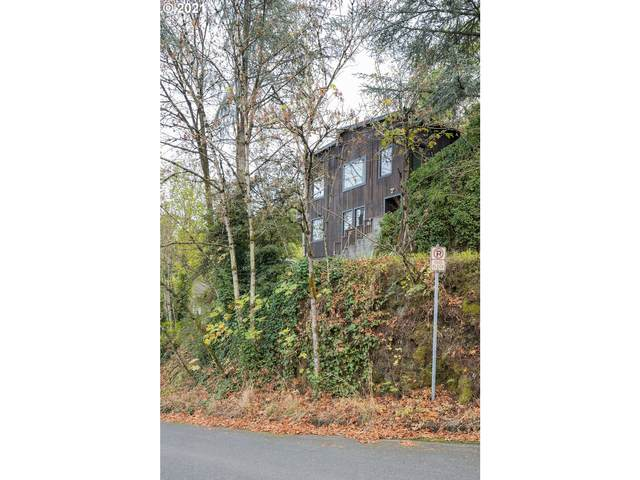 1838 SW Mill Street Ter, Portland, OR 97201 (MLS #21045349) :: Song Real Estate