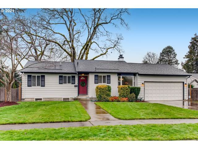 1685 SW Glenview Ave, Portland, OR 97225 (MLS #21047709) :: McKillion Real Estate Group