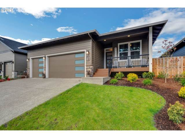 1097 NE Regan Hill Loop, Estacada, OR 97023 (MLS #21048908) :: Fox Real Estate Group