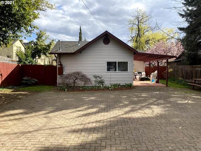 12102 SE Pardee St, Portland, OR 97266 (MLS #21050467) :: Holdhusen Real Estate Group