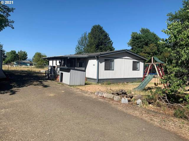 241 Guinevere Ct, Myrtle Creek, OR 97457 (MLS #21051918) :: Fox Real Estate Group