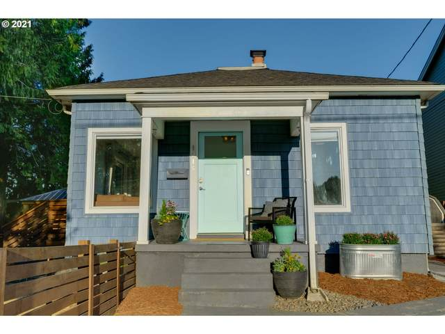 9216 N Portsmouth Ave, Portland, OR 97203 (MLS #21053472) :: Cano Real Estate