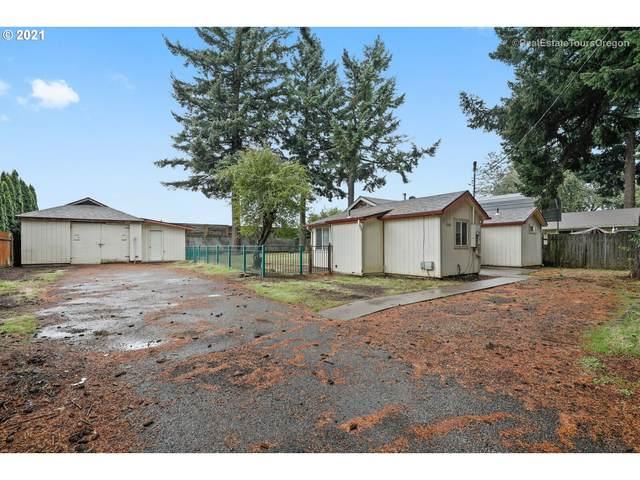 12340 NE Brazee St, Portland, OR 97230 (MLS #21053930) :: Premiere Property Group LLC