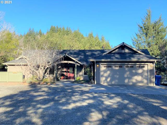32934 Cedar Valley Rd, Gold Beach, OR 97444 (MLS #21053935) :: Townsend Jarvis Group Real Estate