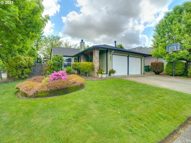 1160 SW Edgefield Ave, Troutdale, OR 97060 (MLS #21054452) :: Change Realty
