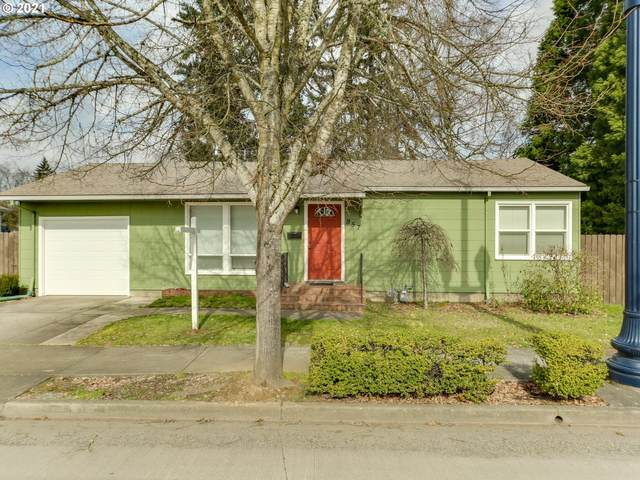 957 SE Washington St, Hillsboro, OR 97123 (MLS #21055490) :: Next Home Realty Connection