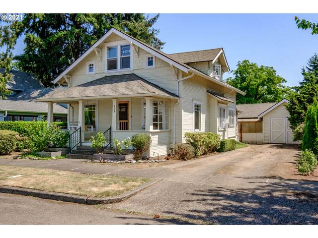 637 Grove St, Lebanon, OR 97355 (MLS #21056112) :: Townsend Jarvis Group Real Estate