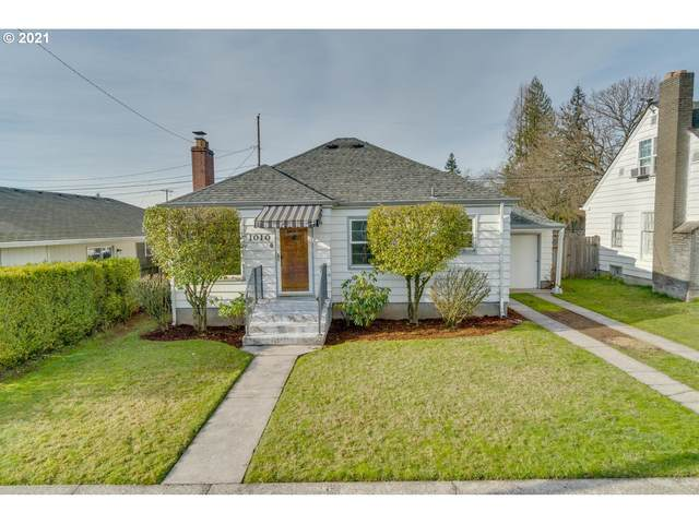 1010 Y St, Vancouver, WA 98661 (MLS #21059168) :: Song Real Estate