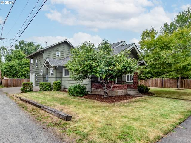 1871 E 19TH Ave, Eugene, OR 97403 (MLS #21059288) :: McKillion Real Estate Group