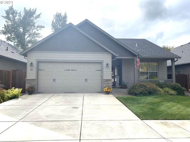 962 Pennington, Eugene, OR 97404 (MLS #21064910) :: Song Real Estate