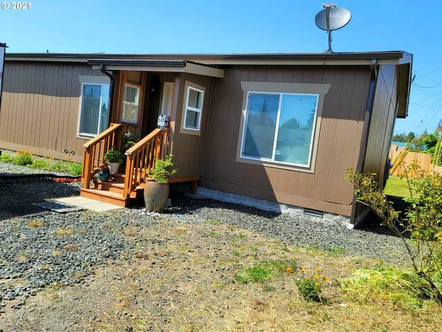 546 E 11TH Pl, Coquille, OR 97423 (MLS #21065025) :: Beach Loop Realty