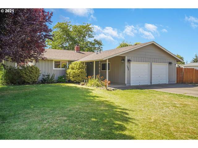 1325 W 3rd St, Halsey, OR 97348 (MLS #21066394) :: McKillion Real Estate Group
