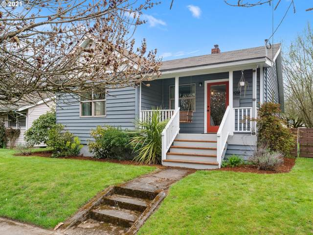 8216 N Dwight Ave, Portland, OR 97203 (MLS #21067902) :: Duncan Real Estate Group