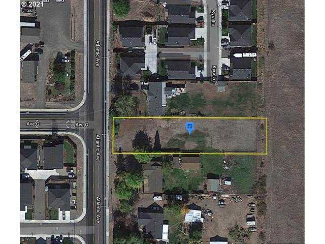 8284 Atlantic Ave, White City, OR 97503 (MLS #21068470) :: Oregon Digs Real Estate
