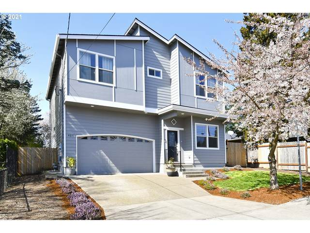 427 SE 18TH Ave, Hillsboro, OR 97123 (MLS #21070421) :: Brantley Christianson Real Estate