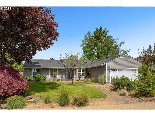 6935 SW Molalla Bend Rd, Wilsonville, OR 97070 (MLS #21070483) :: Fox Real Estate Group