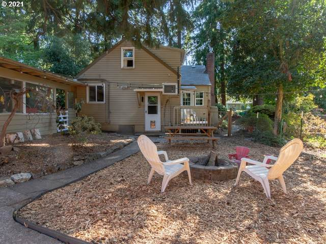 11823 SE Wood Ave, Milwaukie, OR 97222 (MLS #21071142) :: Holdhusen Real Estate Group