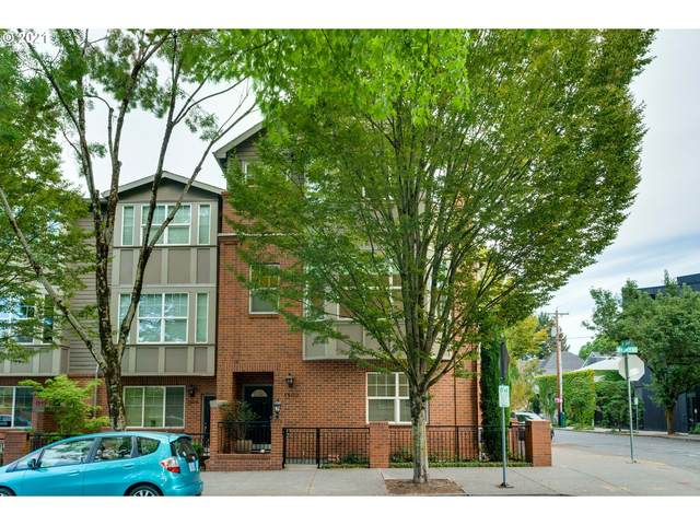 1502 NW 24TH Ave #17, Portland, OR 97210 (MLS #21071514) :: Change Realty