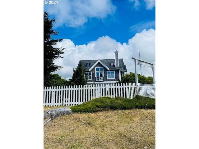 1606 Ocean Bch Blvd, Long Beach, WA 98631 (MLS #21072079) :: Townsend Jarvis Group Real Estate