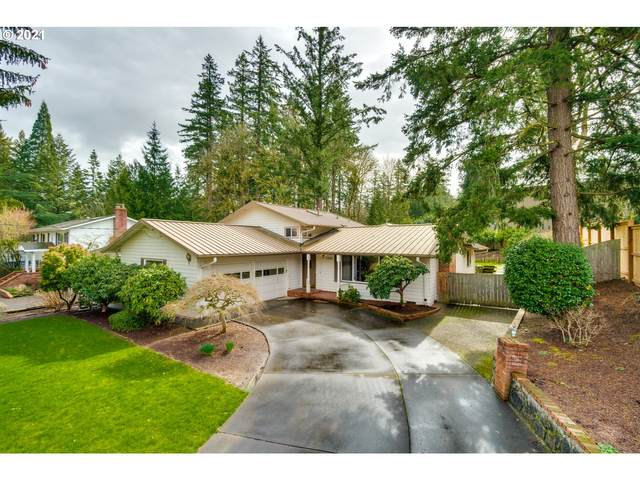 7330 SW Sharon Ln, Portland, OR 97225 (MLS #21072549) :: Duncan Real Estate Group