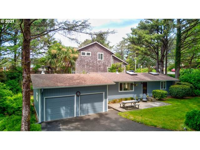 3888 S Hemlock St, Cannon Beach, OR 97110 (MLS #21072630) :: Premiere Property Group LLC