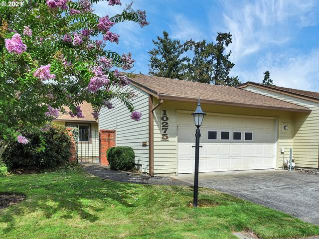 10275 SW Greenleaf Ter, Tigard, OR 97224 (MLS #21073329) :: Real Tour Property Group