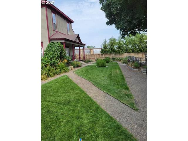 1438 Valley Ave, Baker City, OR 97814 (MLS #21073441) :: Premiere Property Group LLC