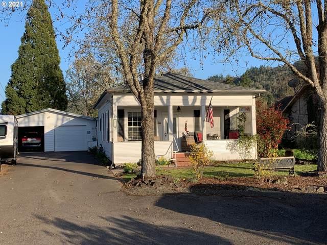 625 W Lookingglass Rd, Roseburg, OR 97471 (MLS #21073980) :: Townsend Jarvis Group Real Estate