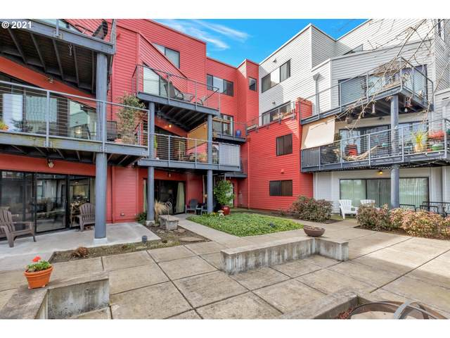 730 NW Naito E24 Pkwy E24, Portland, OR 97209 (MLS #21074613) :: The Liu Group