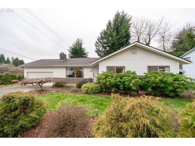 1014 NE 68TH St, Vancouver, WA 98665 (MLS #21075340) :: Brantley Christianson Real Estate