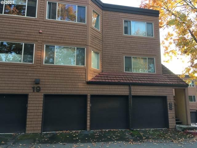 135 Oswego Smt, Lake Oswego, OR 97035 (MLS #21077446) :: Fox Real Estate Group