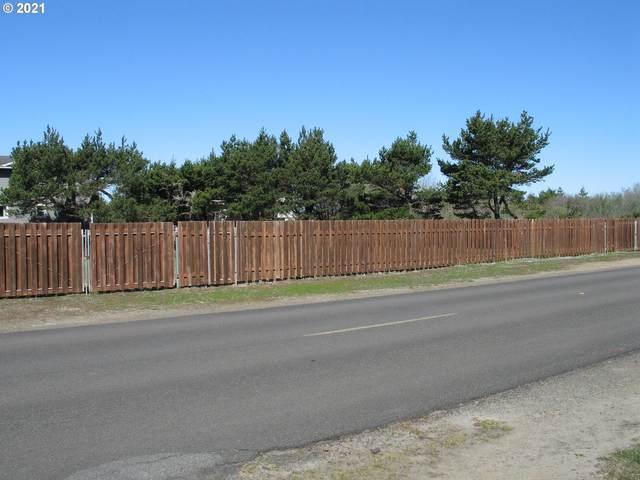 34707 I Pl #39, Ocean Park, WA 98640 (MLS #21078939) :: Song Real Estate