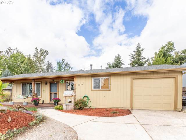 3287 Sunset Dr, Hubbard, OR 97032 (MLS #21081883) :: McKillion Real Estate Group