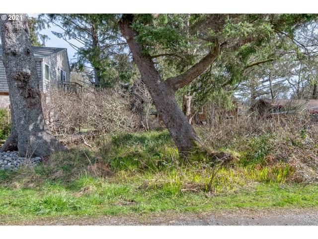 N Hemlock St, Cannon Beach, OR 97110 (MLS #21082246) :: Brantley Christianson Real Estate