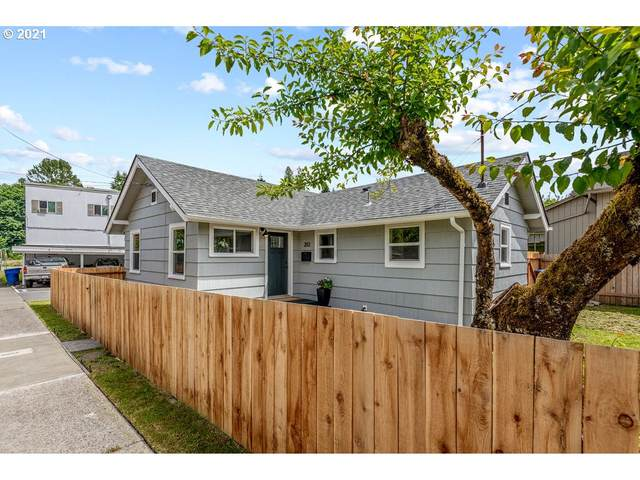 202 Donation St, Kelso, WA 98626 (MLS #21085232) :: RE/MAX Integrity