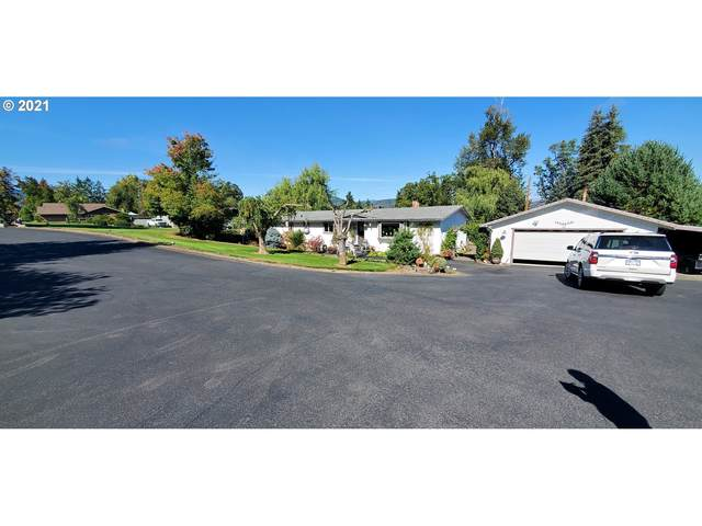 4027 Melqua Rd, Roseburg, OR 97471 (MLS #21087681) :: Townsend Jarvis Group Real Estate