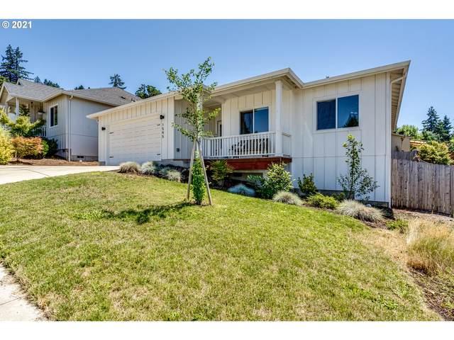 1545 Red Hills Pl, Cottage Grove, OR 97424 (MLS #21087794) :: Holdhusen Real Estate Group