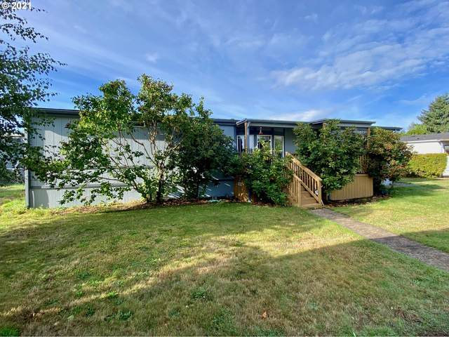 14972 SE 122ND Ave, Clackamas, OR 97015 (MLS #21090841) :: Fox Real Estate Group