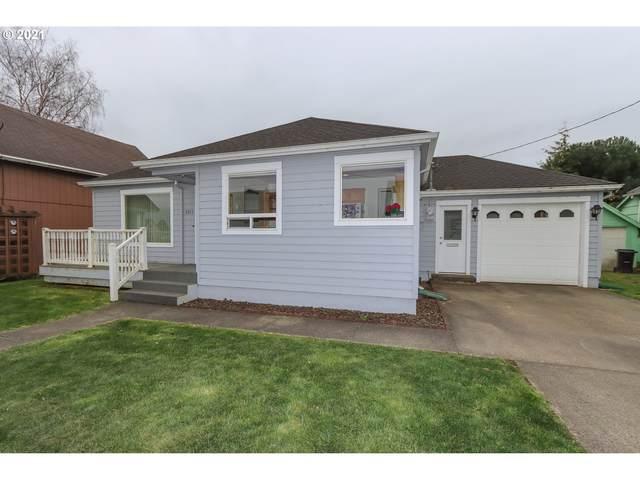 2311 5TH St, Tillamook, OR 97141 (MLS #21092809) :: Brantley Christianson Real Estate
