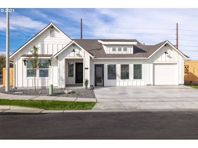 1907 NW 6th St, Hermiston, OR 97838 (MLS #21095867) :: Song Real Estate
