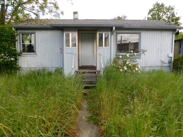 321 A St, Myrtle Point, OR 97458 (MLS #21095888) :: Song Real Estate