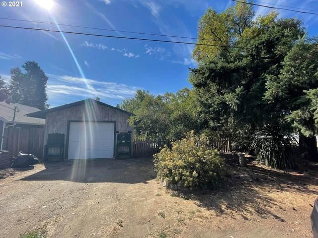248 N Willamette St, Sutherlin, OR 97479 (MLS #21096189) :: Townsend Jarvis Group Real Estate
